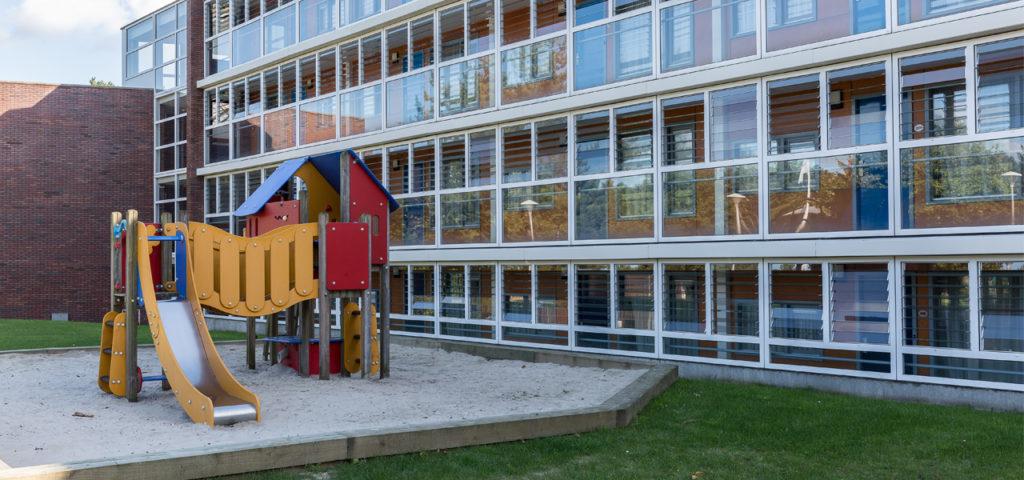 Speelhuisje aan de achterzijde van WestCord ApartHotel Boschrijck - Westcord Hotels