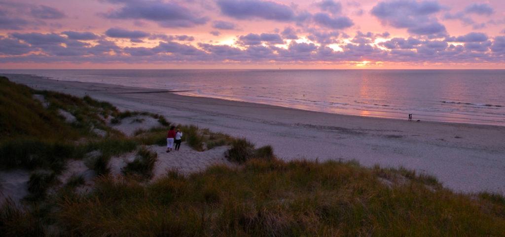 Zonsondergang op Vlieland - Westcord Hotels