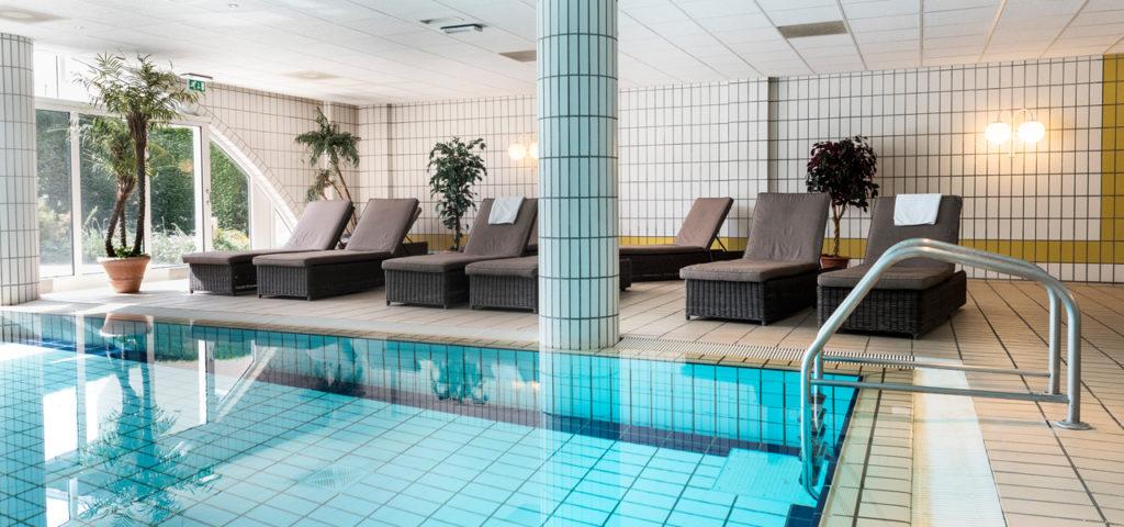 Zwembad Hotel Schylge op Terschelling - Westcord Hotels