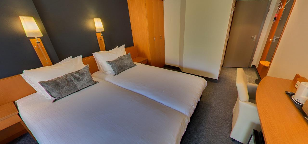 Double twin kamer westcord hotels - Kamer met douche in de kamer ...