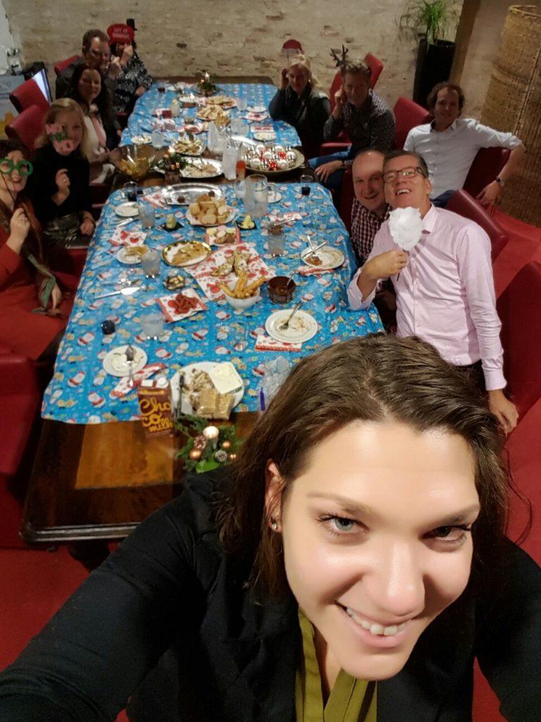 Team Hoofdkantoor in kerstsfeer - Westcord Hotels