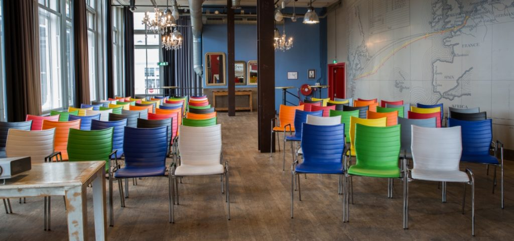 Balszaal in theateropstelling Hotel New York Rotterdam - Westcord Hotels