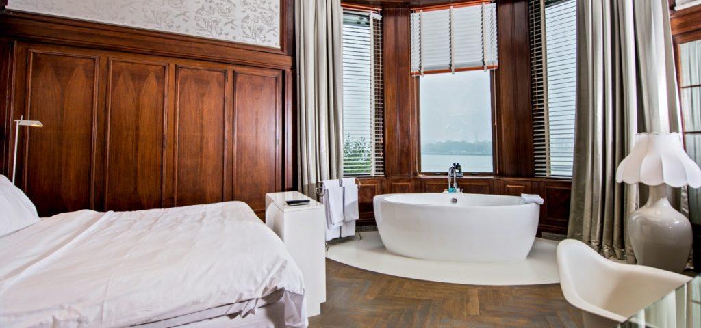105 - 2 - Westcord Hotels