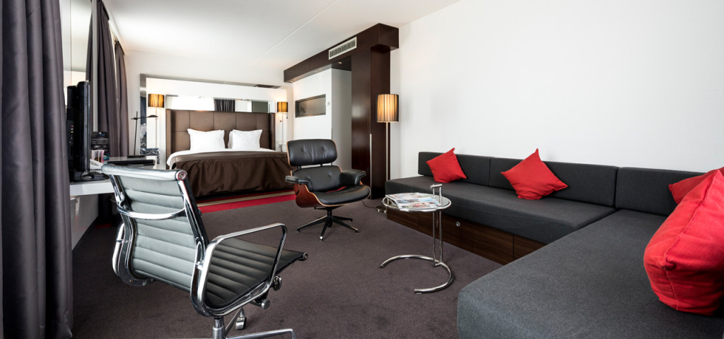 Extra Large Fashion Triple Room Fashion Hotel Amsterdam - Westcord Hotels