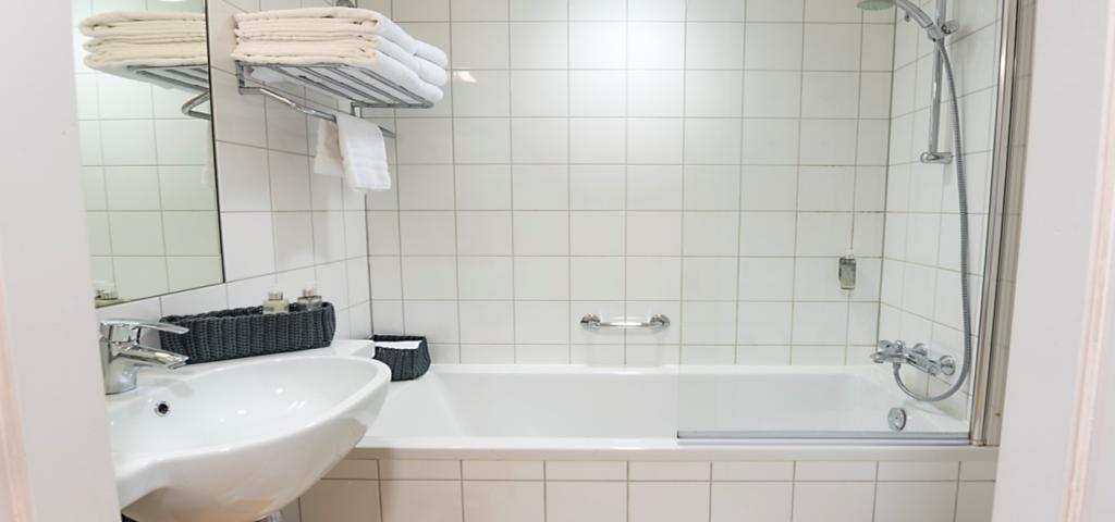 Badkamer_Bad_WestCord_Hotel_Delft - Westcord Hotels