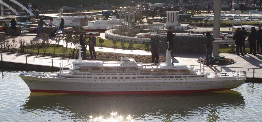 ssRotterdam_Tewaterlating in Madurodam_1280x600 (3) - Westcord Hotels