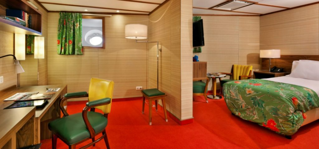 ssRotterdam_ Standard Single Room_Bahamas_Worldhotels (3) 1280x600 - Westcord Hotels