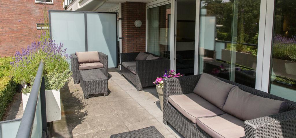 Balkon bij appartement Medium, Large en Large + bedbank - Westcord Hotels