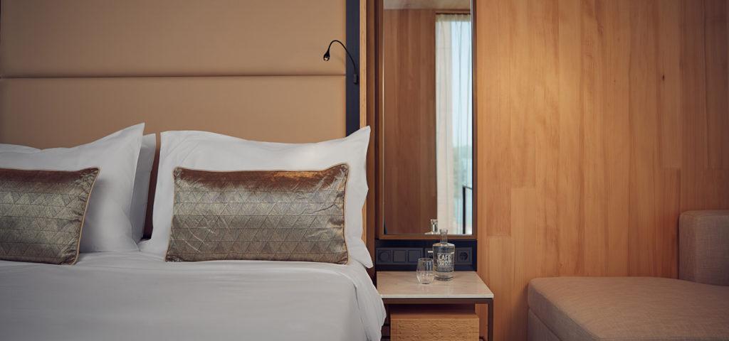 hotel-jakarta-amsterdam-superior-waterfront-room-kamer-westcord-hotels-1 - Westcord Hotels