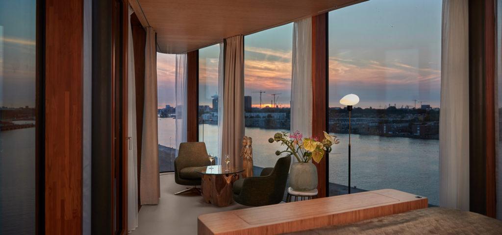 hotel-jakarta-amsterdam-wow-suite-room-kamer-westcord-hotels-2 - Westcord Hotels