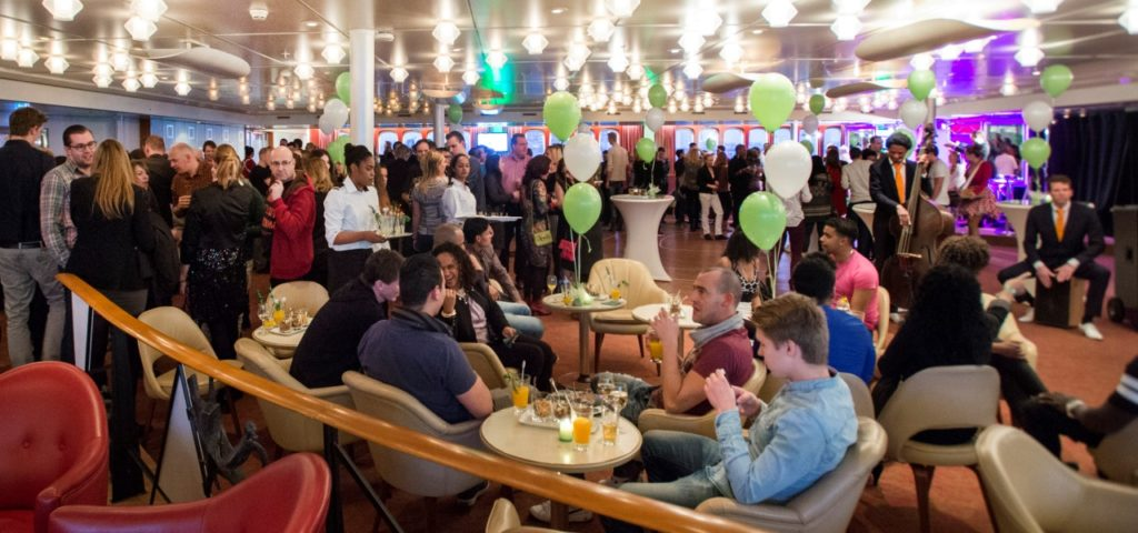 ssRotterdam_Queens Lounge (5)_1280x600 - Westcord Hotels