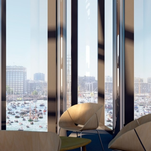 Hotel Jakarta uizicht op IJ vanuit Hotelsuite