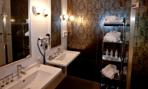 westcord-fashion-hotel-amsterdam-badkamer-royal-suite