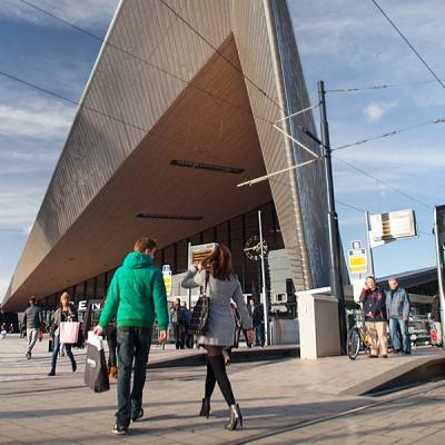 architectuur-centraal-station-hotels-rotterdam