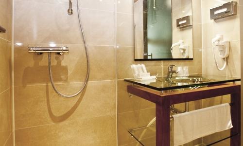 douche-badkamer-wtc-hotel-leeuwarden