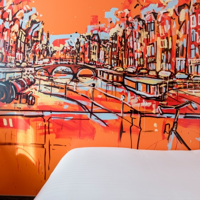 single-kamer-bureau-art-hotel-amsterdam