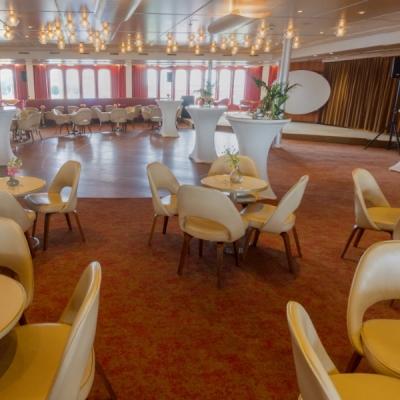 Bekijk de Queen's Lounge in 360°