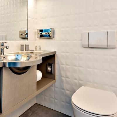 superior-kamer-badkamer-art-hotel-amsterdam