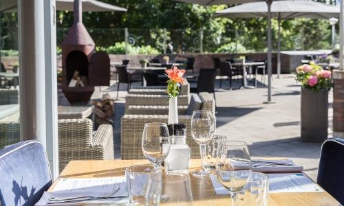 terras-brasserie-westcord-aparthotel-boschrijck-terschelling