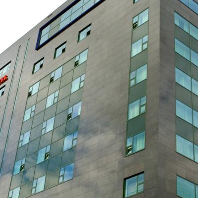 westcord-wtc-hotel-leeuwarden-gebouw