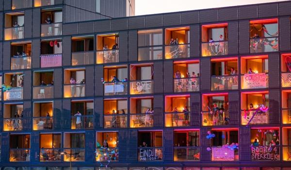 balcony-beats-hotel-jakarta-amsterdam-by-westcord-bedrijfsuitje
