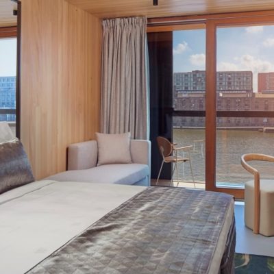hotel-jakarta-amsterdam-superior-waterfront-room-kamer-westcord-hotels
